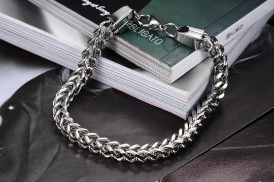 Как выбрать серебряную цепочку мужчине